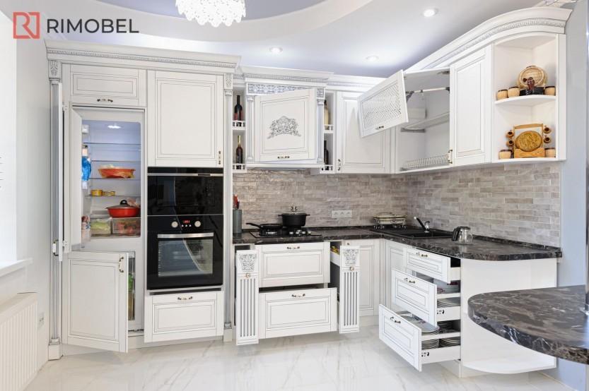 Белая кухня в классическом стиле Классические кухни la comanda chisinau