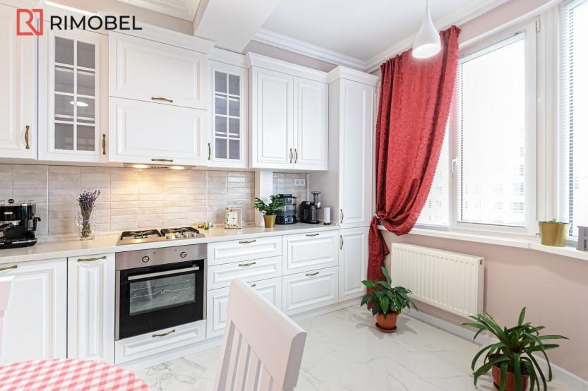 Bucătărie Albă Neoclasică str Doga 28/4 Chișinău Bucătării Neoclasice mobila