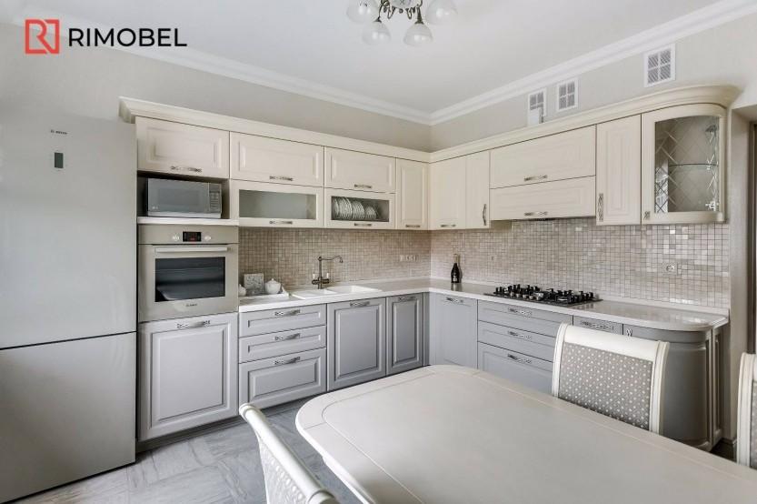 Bucătărie neoclasică pe colț Bucătării Neoclasice mobila