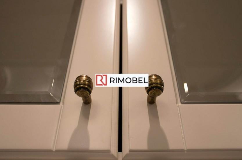 Встроенный шкаф для прихожей зеркальный Классические шкафы la comanda chisinau