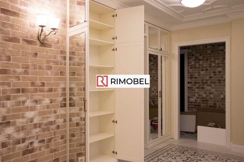 Встроенный шкаф для прихожей зеркальный Классические шкафы la comanda