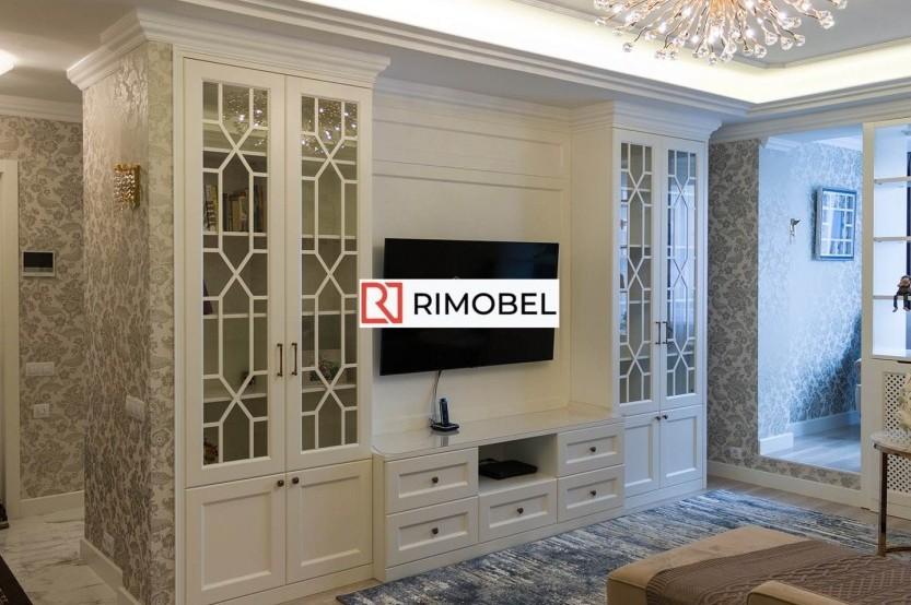 Dulap în sufragerie în stil neoclasic Dulapuri clasice la comanda chisinau