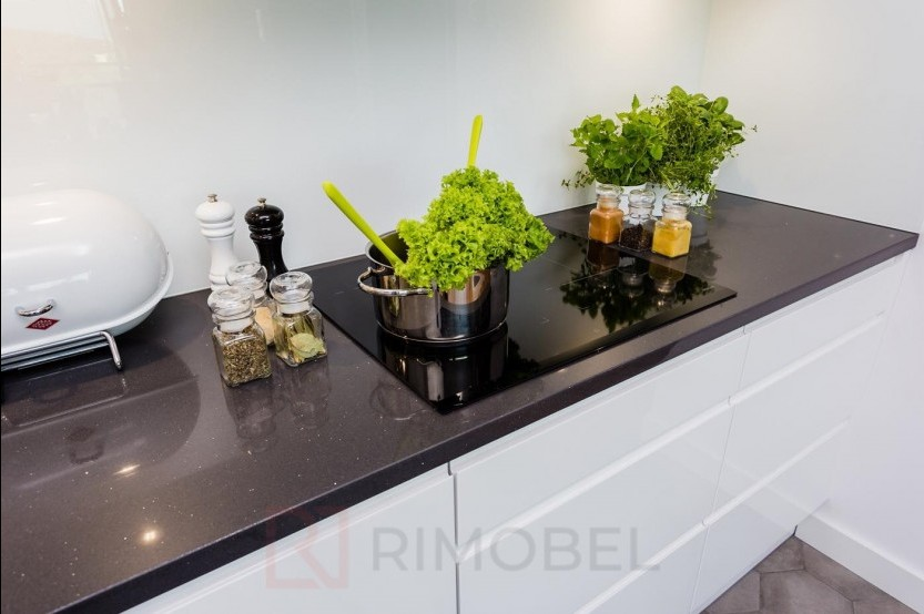 Bucătărie modernă Bălți str Decebal 121 Bucătării moderne mobila