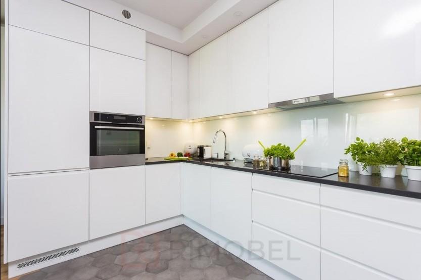 Bucătărie modernă Bălți str Decebal 121 Bucătării moderne la comanda chisinau