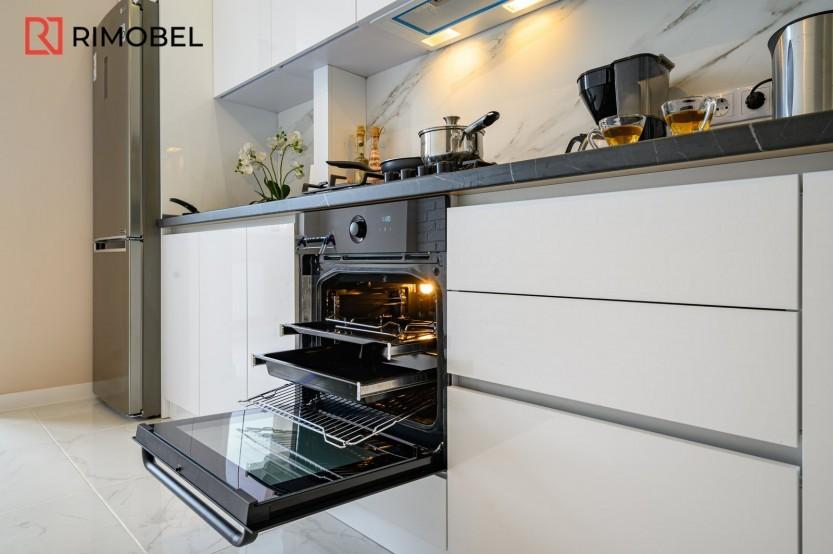 Bucătărie liniară str. Sprîncenoaia 3G, Chișinău Bucătării moderne la comanda