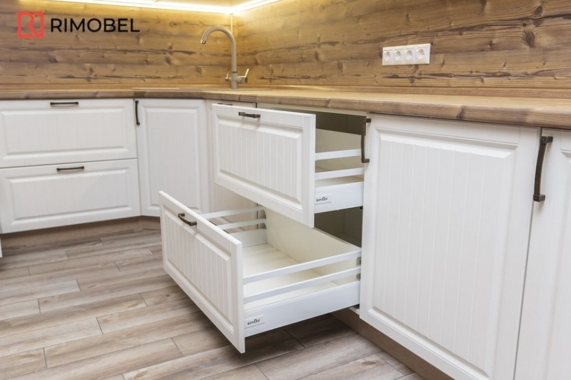 Кухня в стиле кантри ул. Ион Буздуган 1, Кишинев Кухни из крашенного МДФ mobila