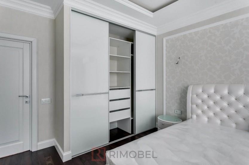 Dulap pentru dormitor cu uși glisante Dulapuri în dormitoare mobila