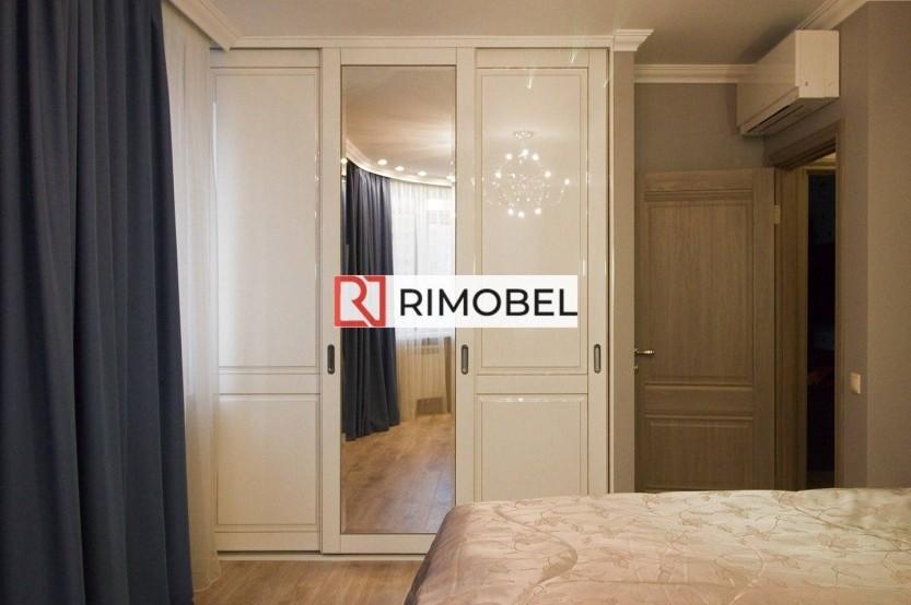 Встроенный белый шкаф-купе для спальни Шкафы Купе la comanda chisinau
