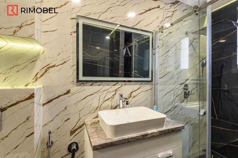 Dulap baie suspendat Mobilier modern pentru baie la comanda chisinau