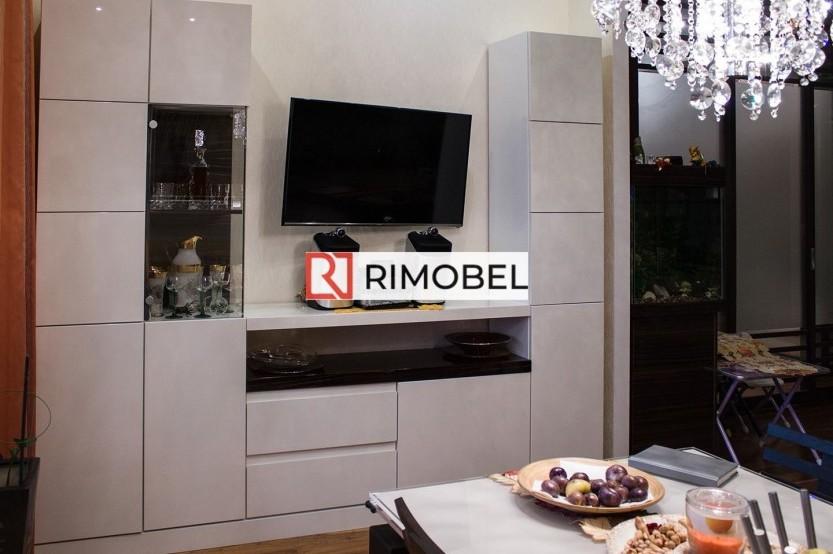 Белая стенка под ТВ для гостиной Шкафы в гостиной mobila