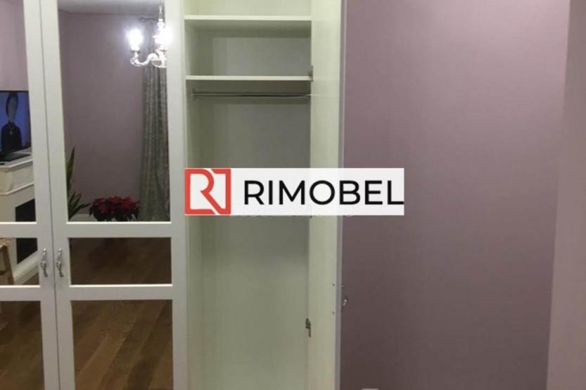 Шкаф в классическом стиле белый Шкафы в гостиной la comanda