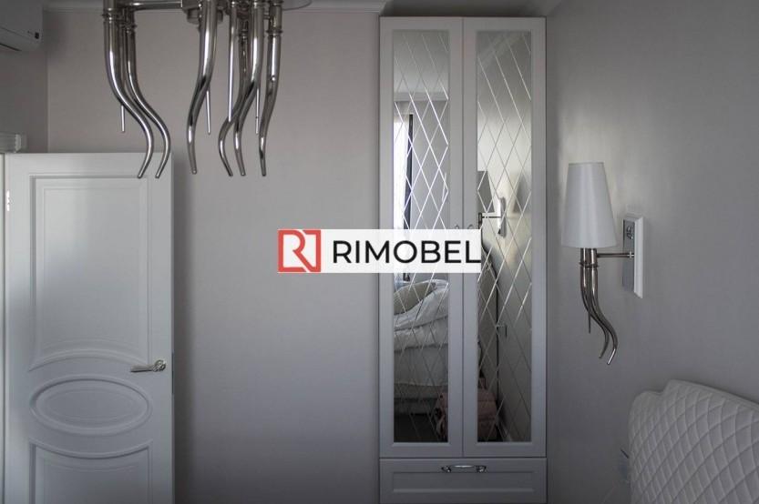 Белый встроенный шкаф для спальни с зеркалам Гардеробная mobila