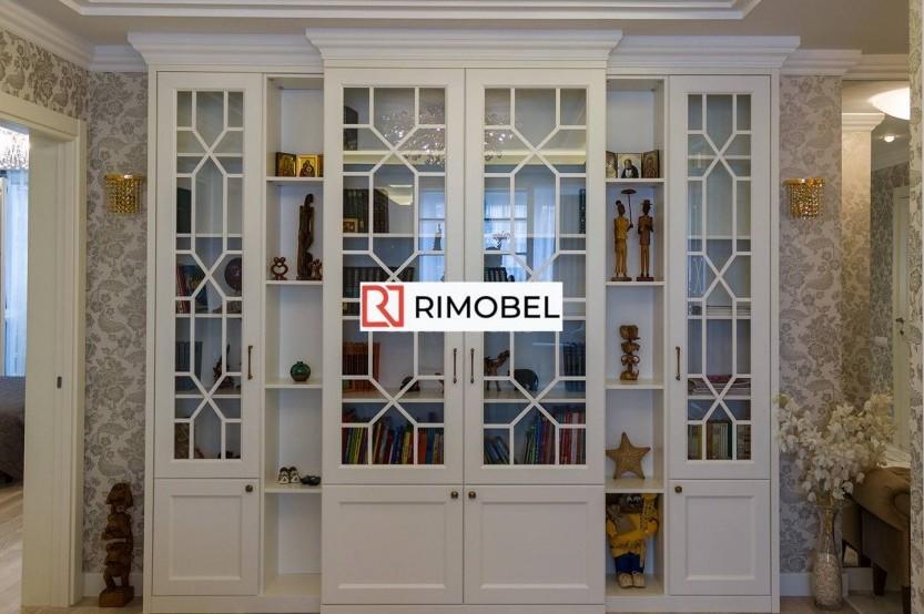 Bibliotecă într-un salon Dulapuri clasice mobila