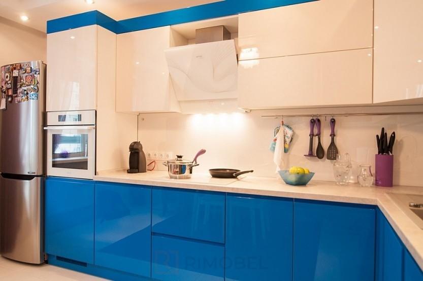 Bucătărie vopsită Chișinău, str. P. Ungureanu 1 Bucătării moderne mobila