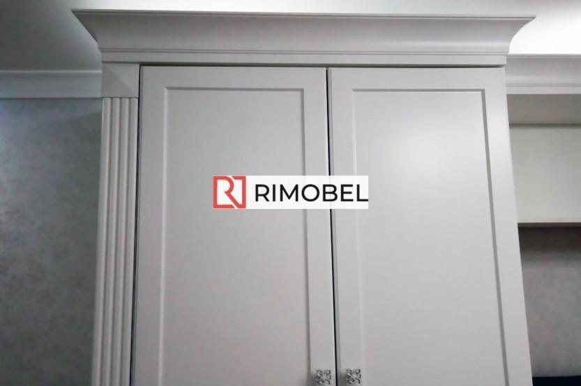 Шкаф в классическом стиле из МДФ с нишей под телевизор  Шкафы в гостиной la comanda chisinau
